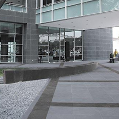 brazilian-black-outdoor-paving-slabs-2
